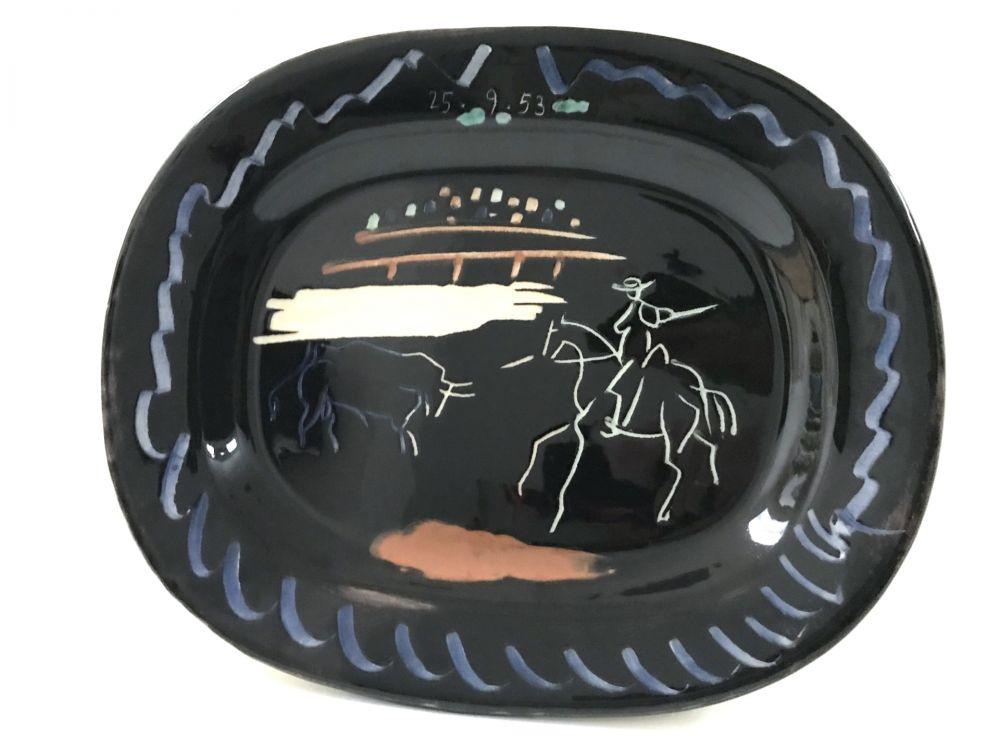 Céramique Picasso - Corrida sur fond noir