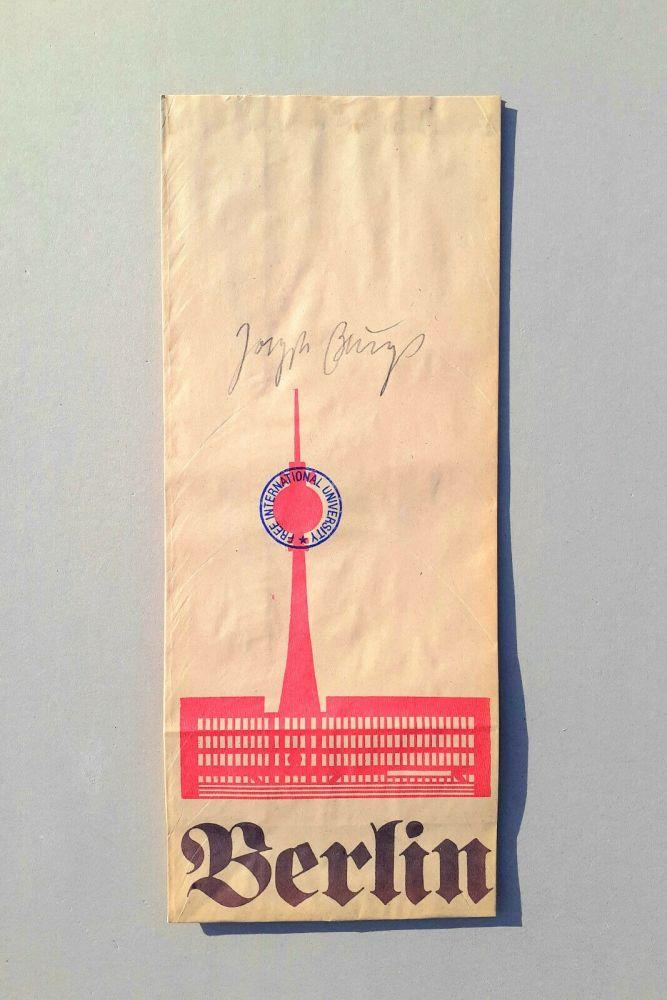 Aucune Technique Beuys - DDR Tüten