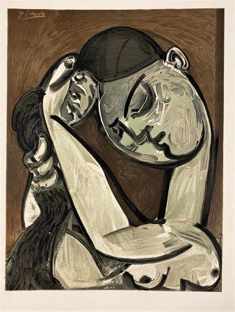 Lithographie Picasso - Femme se coiffant 1955