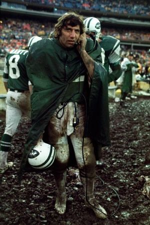 Photographie Leifer - Joe Namath in the Mud