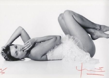 Photographie Stern - Kate Moss. Laying down