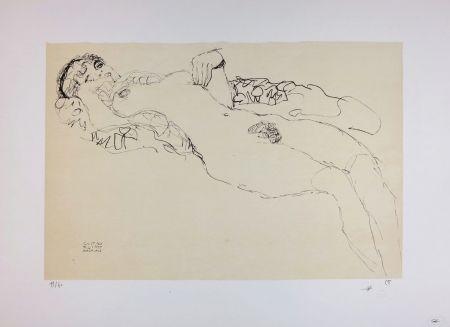 Lithographie Klimt - Liegender Mädchenakt nach links / Reclining female nude facing left - 1914