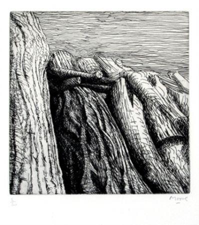 Gravure Moore - Log pile III