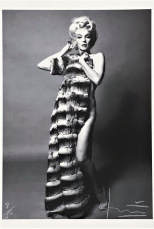 Photographie Stern - Marilyn with Chinchilla Coat