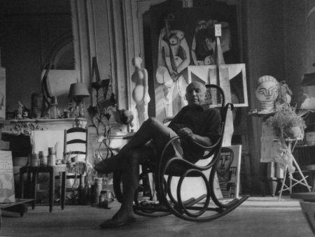 Photographie Blum - Picasso dans son atelier