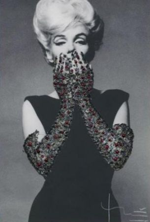 Photographie Stern - Ruby Gloves