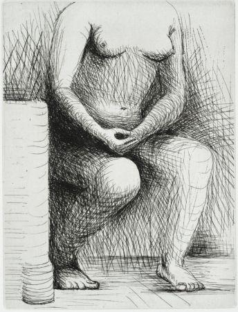Gravure Moore - Seated Figure