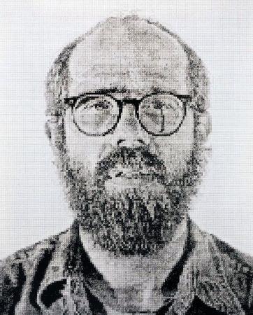 Aucune Technique Close - Self Portrait (2)