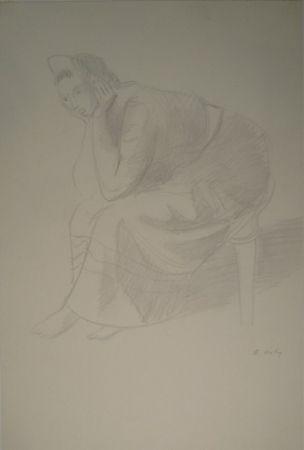 Monotype Holy - Sitzende junge Frau, den Kopf auf die Unterarme mit den Händen gestützt.