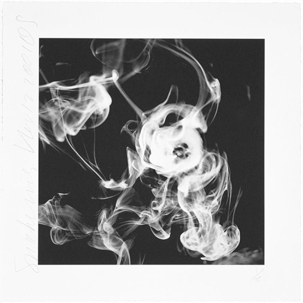 Photographie Sultan - Smoke Rings (Nov. 12, 2001)