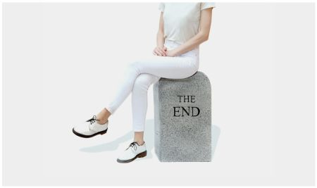 Aucune Technique Cattelan - The End (granite)