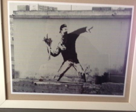 Photographie Banksy - The flower thrower from Jerusalem