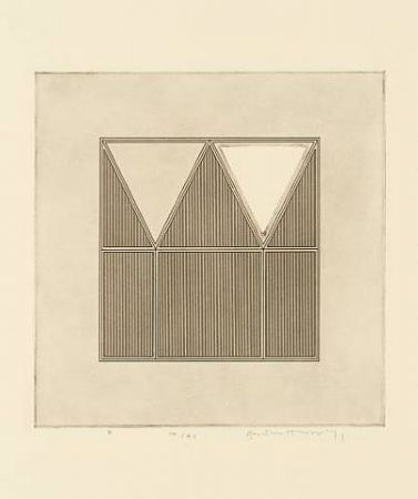 Gravure House - Triangles within a square