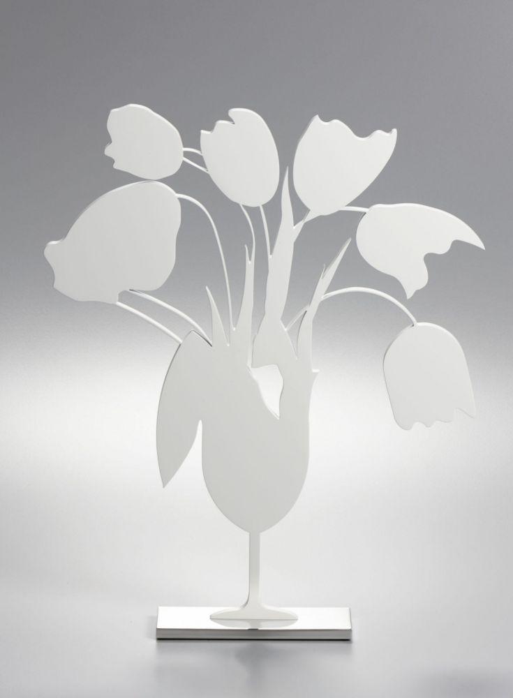 Aucune Technique Sultan - White tulips and vase, April 4, (Sculpture)
