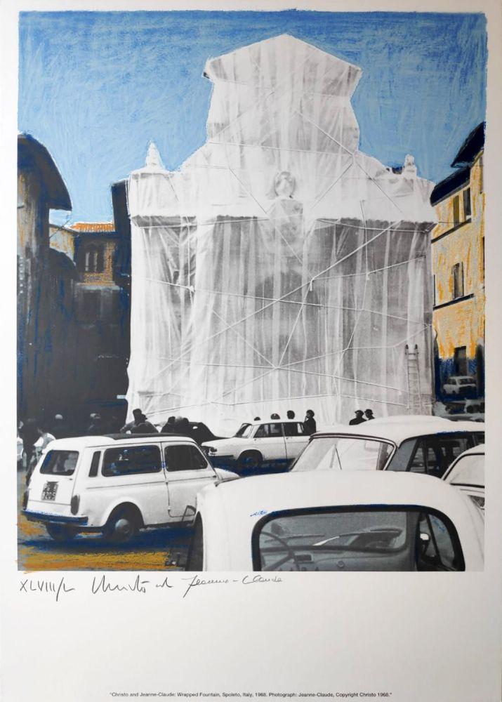 Multiple Christo - Wrapped fountain Spoleto